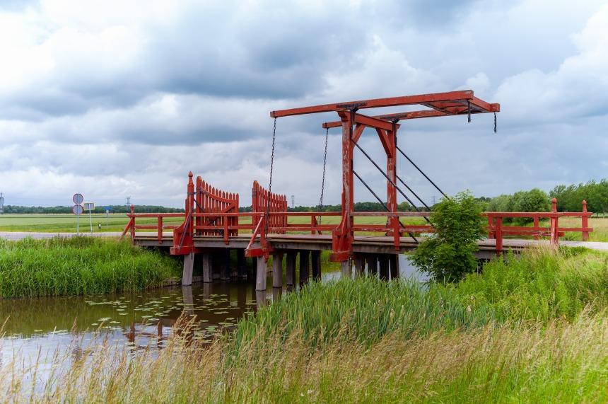 bridge-4435441_1920