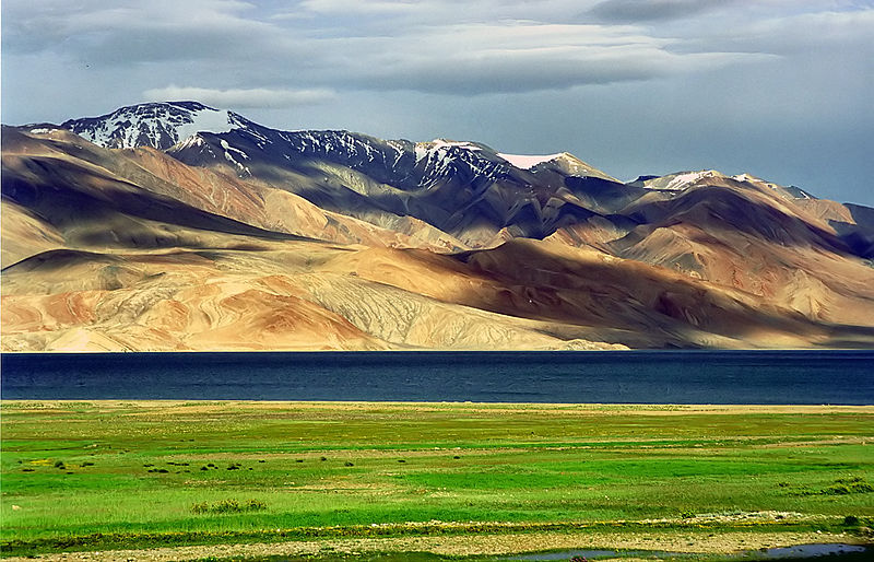 800px-Karakoram-West_Tibetan_Plateau_alpine_steppe
